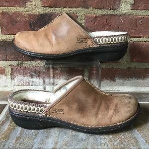 UGG Brown Leather Mule Slip On Fur Lined Clog Sz 8
